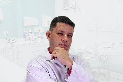 A primeira consulta com o Dr. Fernando