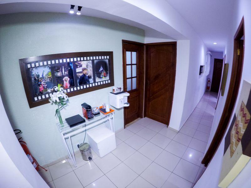 Imagem panoramica clinica - mesa do café